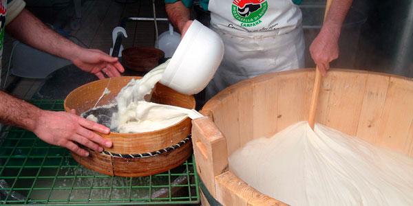 La mozzarella, el queso fresco más amado